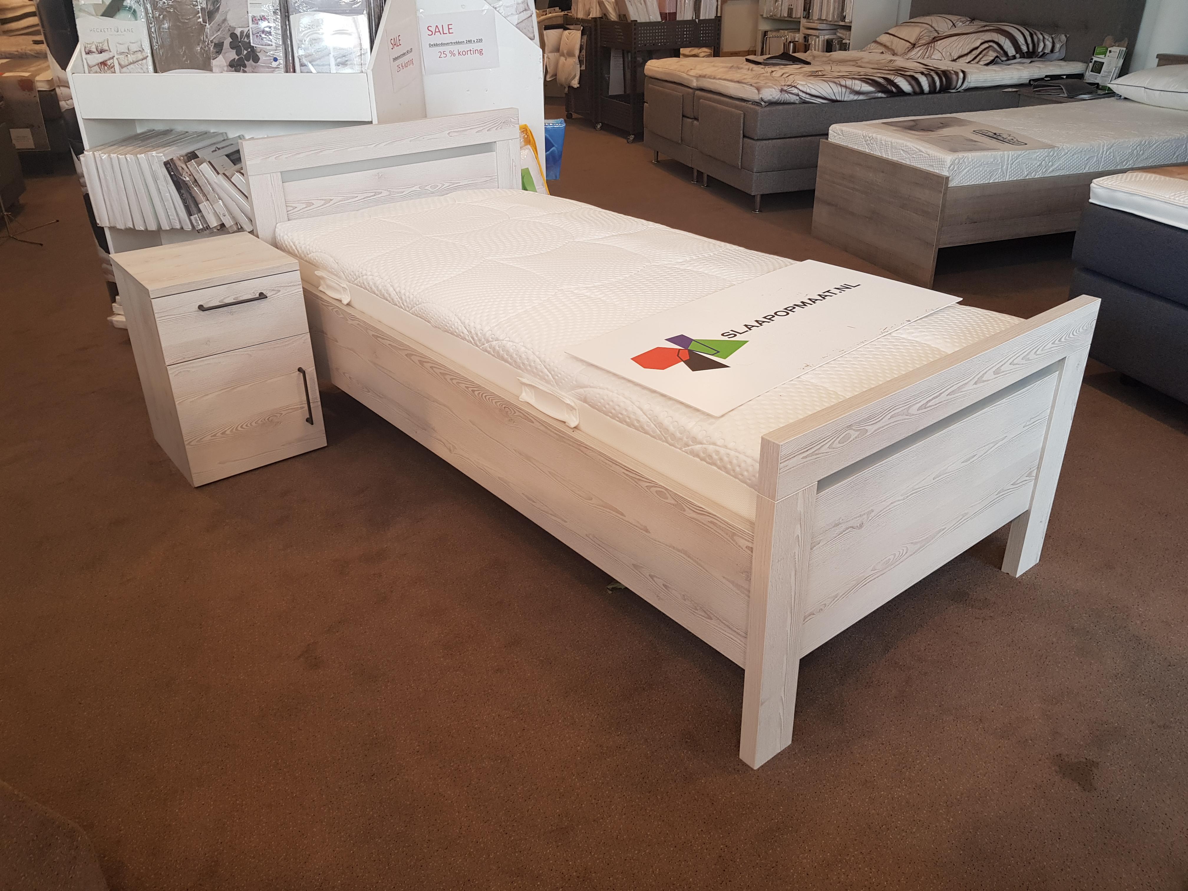 Wilt u van uw oude bed af Bij aankoop van een nieuw bed bij Slaap op Maat Rijssen of Raalte nemen we uw oude bed kostenloos retour